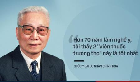 Giáo sư Nhan Chính Hoa dù đã hơn 97 tuổi nhưng vẫn duy trì công việc khám chữa bệnh.
