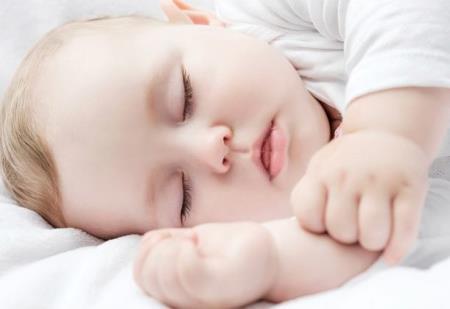 Chuyên gia giấc ngủ đưa ra chỉ dẫn giúp bé sơ sinh ngủ ngoan và liền mạch ngay từ khi lọt lòng