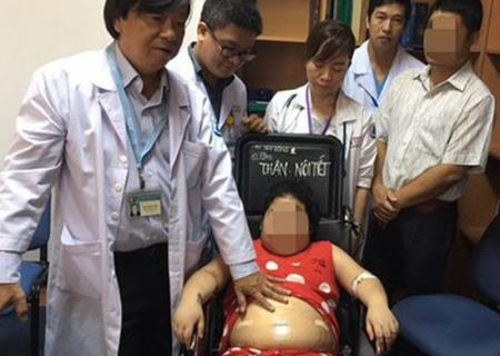 Một trẻ bị hội chứng Curshing tại Bệnh viện Nhi đồng 1