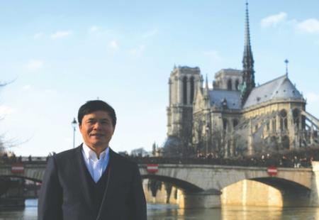 Tiến sỹ Lê Vương Văn Vệ trong một chuyến công du nước nghiên cứu về Nam học.