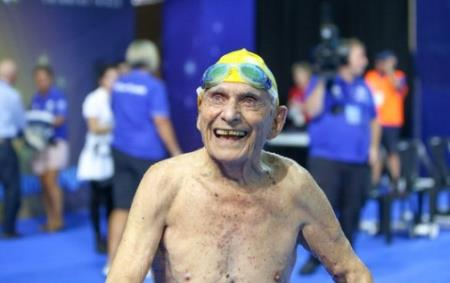 Ảnh: Australian Dolphins Swim Team
