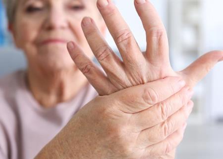 Bệnh run tay gia đình - Cách điều trị