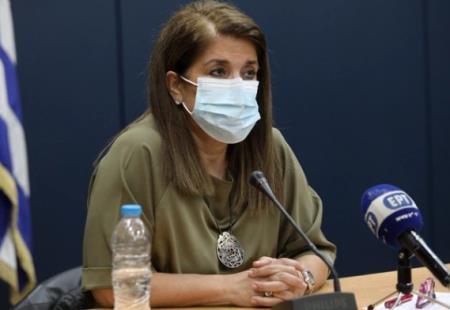 Giáo sư về bệnh truyền nhiễm Vana Papaevangelou