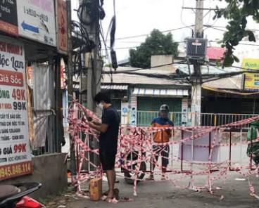Một điểm phong tỏa trên địa bàn phường Hiệp Bình Phước TP HCM. Ảnh NLD
