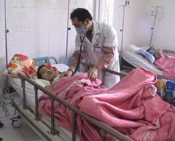 Bệnh nhân nghi mắc sởi được điều trị tại Viện các bệnh truyền nhiễm và nhiệt đới.
